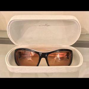 Oakley Sunglasses/Goggles